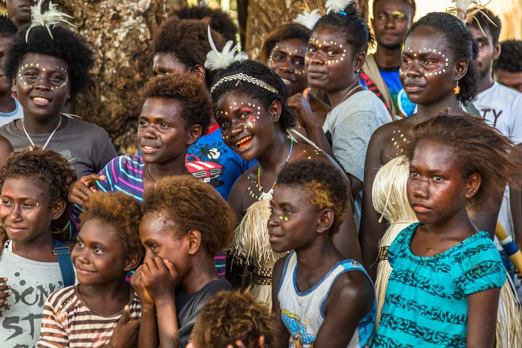 Schon die jungen Frauen auf Bougainville sind sehr selbstbewusst / © FrontRowSociety.net, Foto: Georg Berg