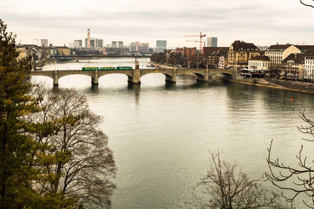 Als erste Brücke über den Rhein stellt die Mittlere Brücke seit dem Jahr 1225 ein wichtiges Verbindungsglied für den Nord-Süd-Handel dar / © FrontRowSociety.net, Foto: Georg Berg