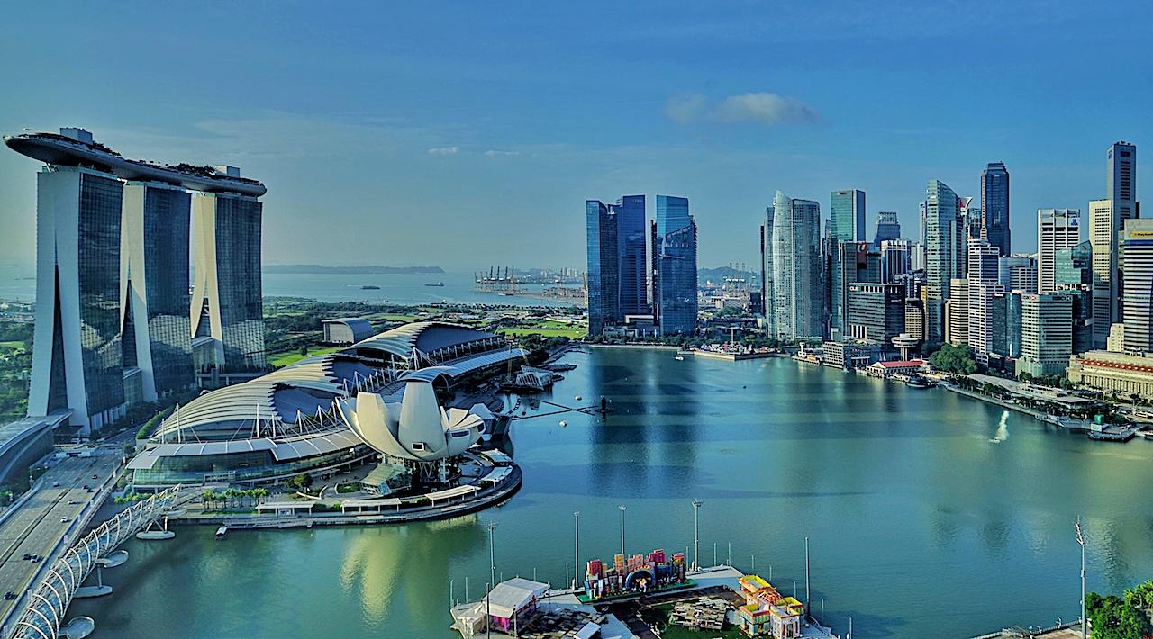 """Atemberaubende Aussicht auf die Marina Bay in Singapur vom Hotel """"The Ritz-Carlton Millenia"""""""