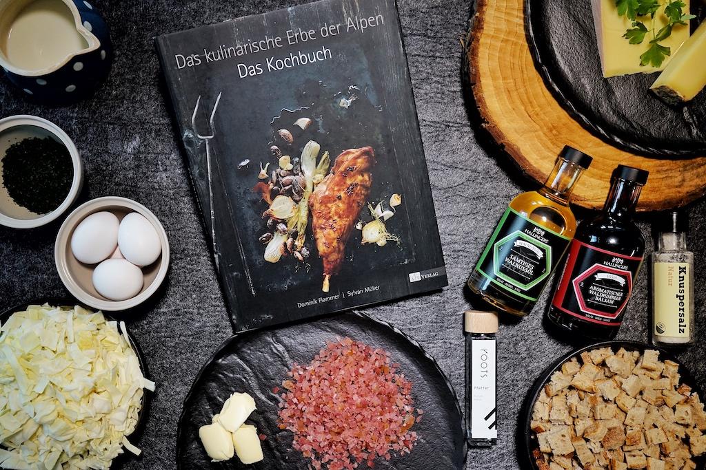 """Das kulinarische Erbe der Alpen - Das Kochbuch ist eine höchst spannende Lektüre für jeden, der an der Geschichte Ernährung interessiert ist. Obendrein beinhaltet es Rezepte, die man mitnichten in einem """"herkömmlichen"""" Kochbuch so schnell findet"""