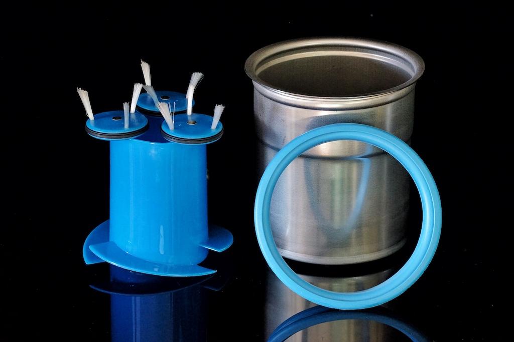 Für die Pacossierbecher hat PacoJet einen speziellen Reinigungseinsatz entwickelt