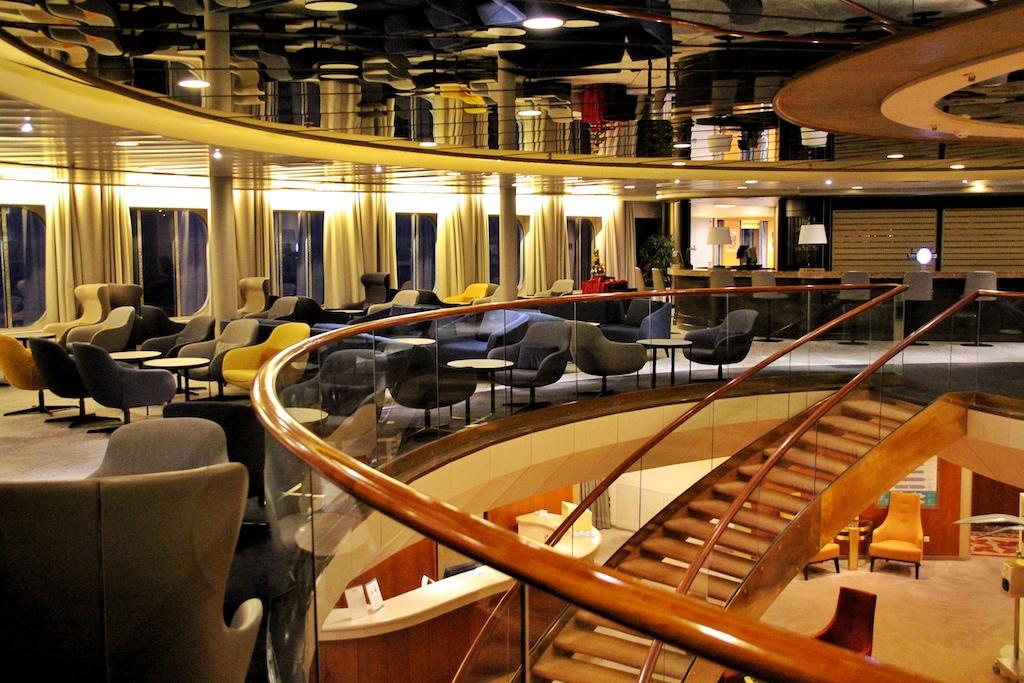 """""""Harrys Bar"""" – einer der schönsten Plätze an Bord der """"Artania"""""""