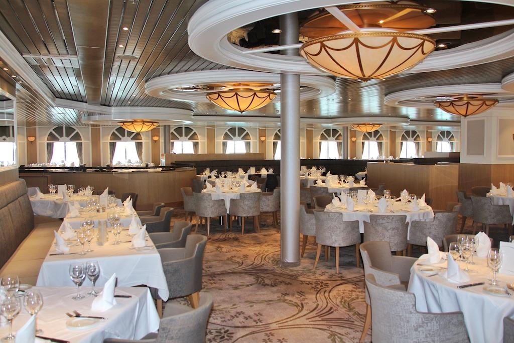 """Das Restaurant """"Vier Jahreszeiten"""". An seiner Stelle befand sich zu """"Royal Princess""""-Zeiten der edle """"Continental Dining Room"""""""