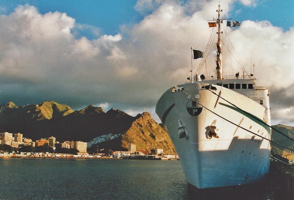 "Die ""Kristina Regina"" im Hafen von Santa Cruz de Tenerife"