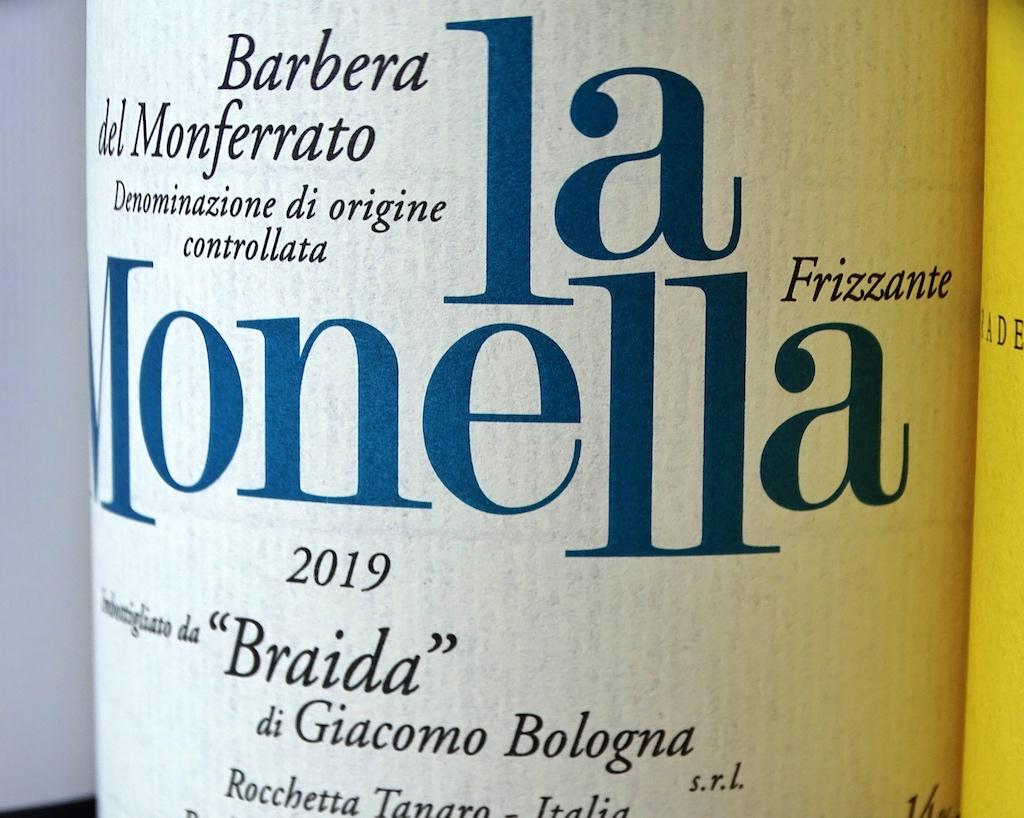 """Übersetzt lautet der Name des Weines """"La Monella"""" die Schelmin oder die Spitzbübin"""