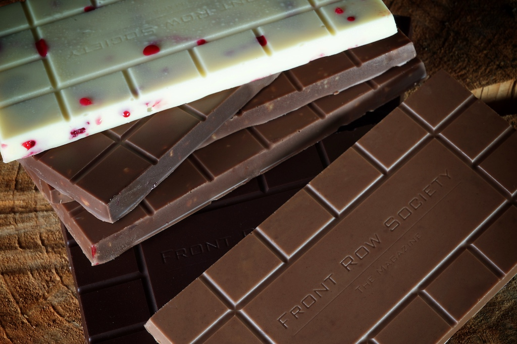 Unsere ersten Schokoladentafeln, mit eigenen Logo