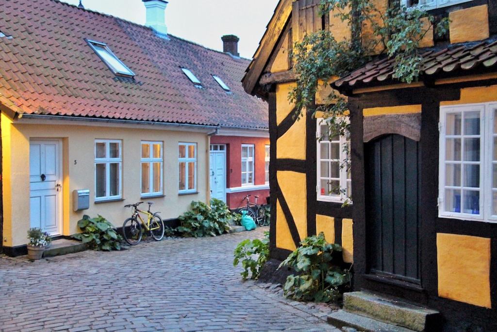 Bunte Fachwerkhäuser in der Altstadt von Fåborg