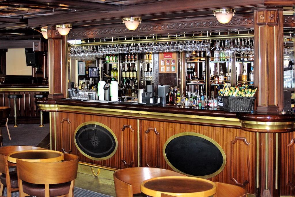 Das Navigators Pub ist bei Bier und Musik traditionell Treffpunkt in den fortgeschrittenen Abendstunden auf der Fahrt von Oslo nach Kopenhagen