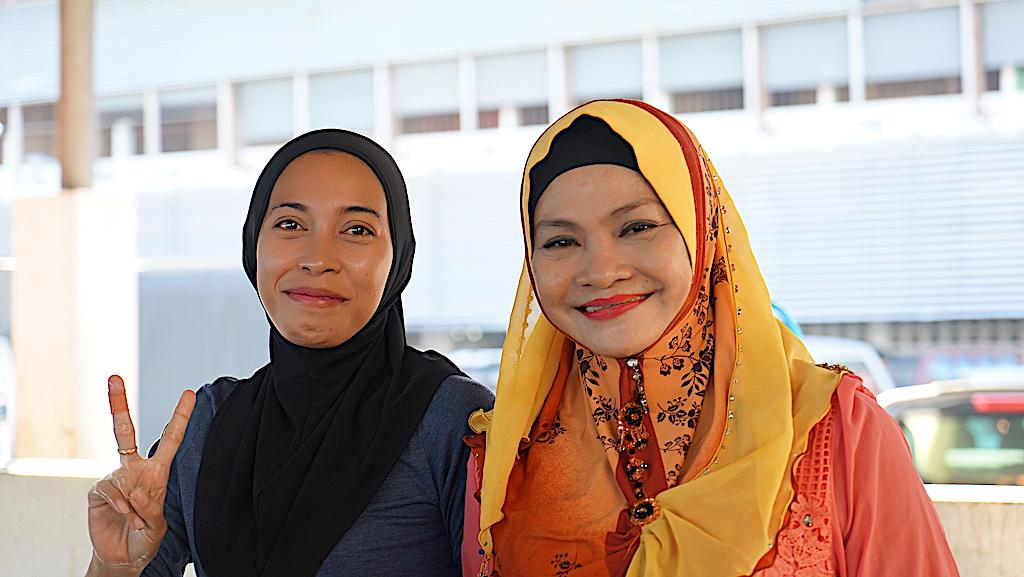 Familie Azar setzt sich besonders im strukturschwachen ländlichen Raum für Arbeitsplätze ein - das Wohl der Frauen wird durch Initiativen gestärkt, die sich beispielhaft um handwerkliche Ausbilden bemühen