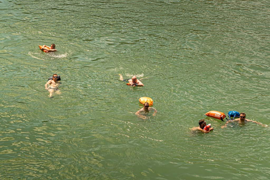 Volkssport Nummer 1 in Basel das Rheinschwimmen / © FrontRowSociety.net, Foto: Georg Berg