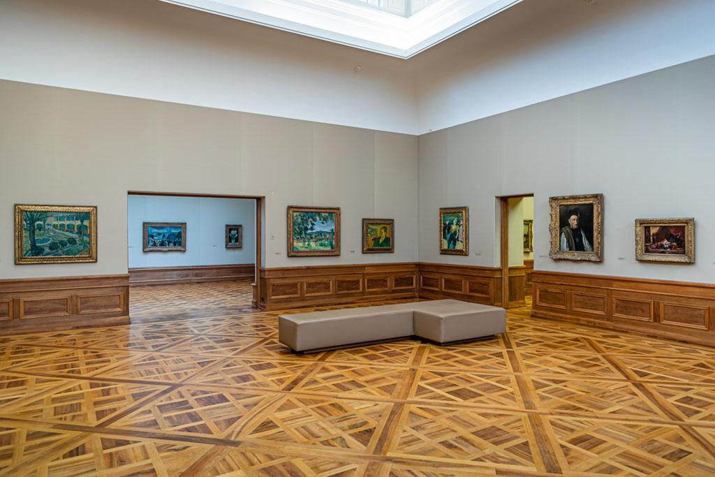 Der Galeriebau der Sammlung Oskar Reinhart. Hier treten alte Meister in den Dialog mit französischen Impressionisten. Die Hängung entspricht den Vorgaben ihres Sammlers / © FrontRowSociety.net, Foto: Georg Berg