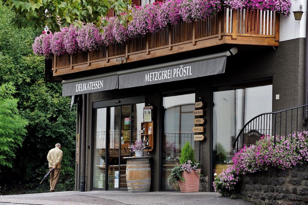 Alpine und mediterrane Kulinarik hält das Delikatessengeschäft Pföstl bereit
