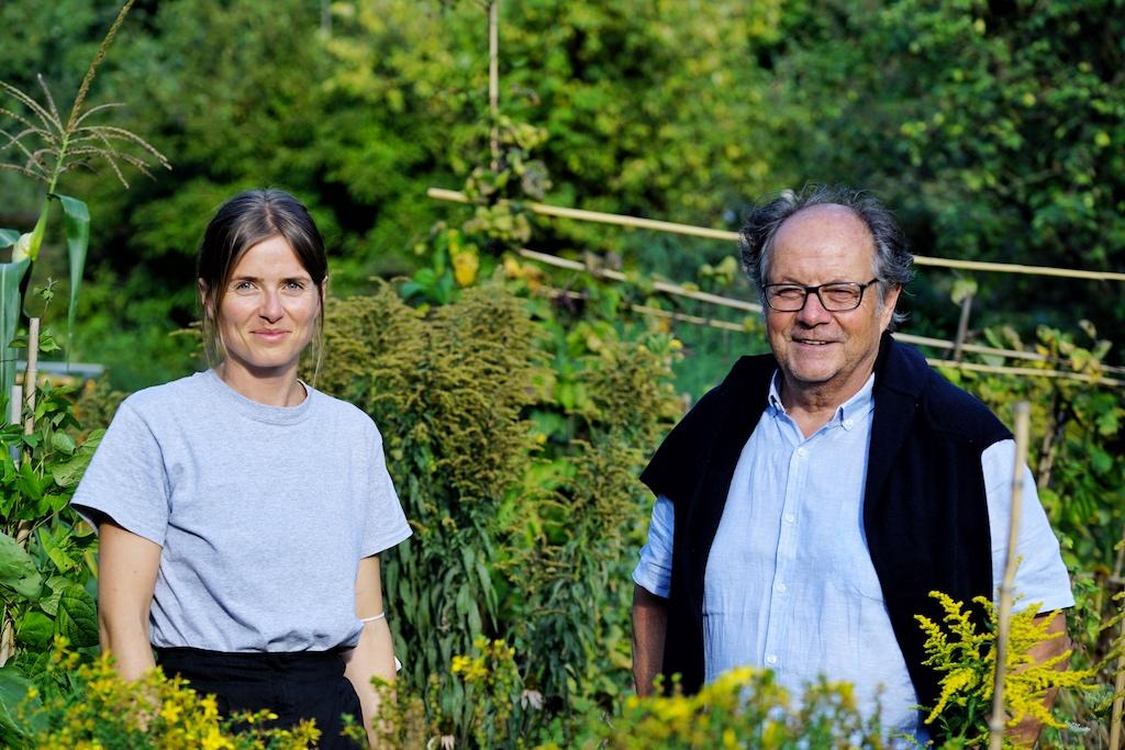 Die zweite Generation ist tatkräftig ins Unternehmen involviert. Dr. Joseph Frank mit Tochter Lena
