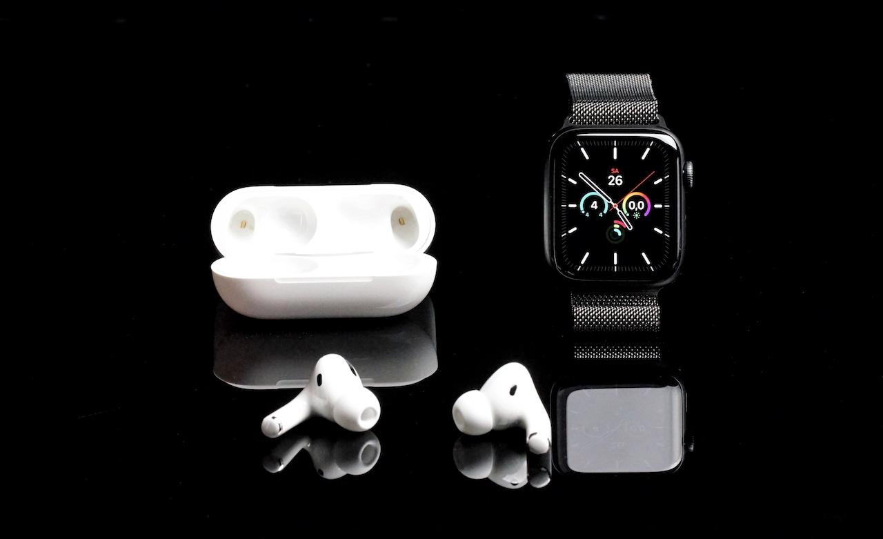 Die Apple AirPods Pro sind mit allen Apple Komponenten kombinierbar, so auch etwa mit der Apple Watch Series 5