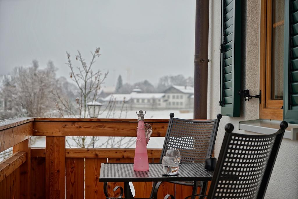 ... welche auch im Winter eine charmante Aussicht zulassen