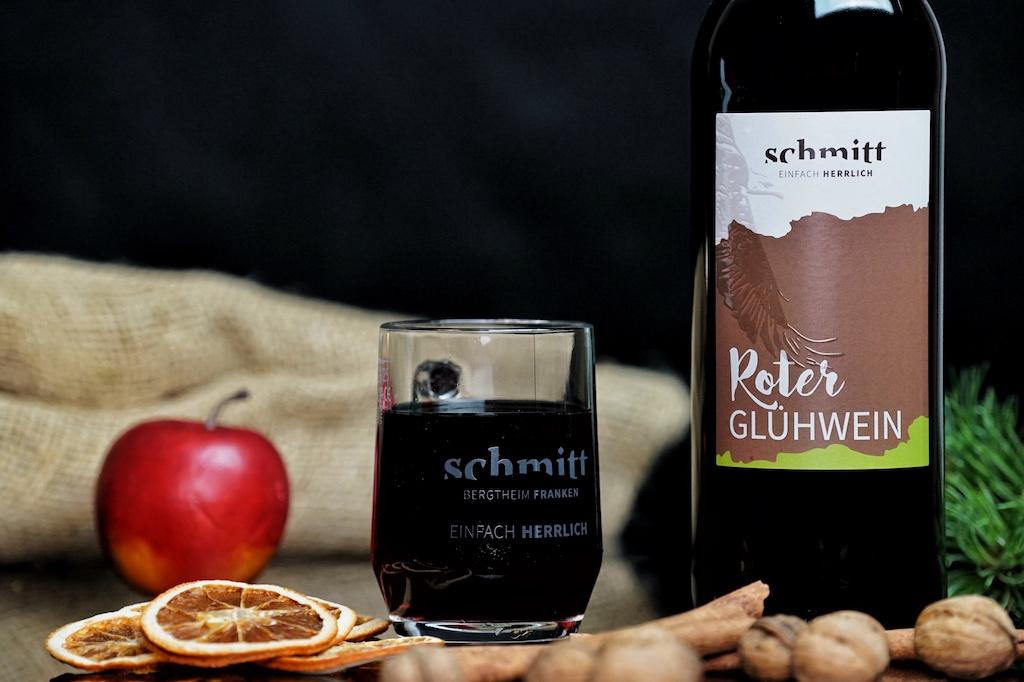 Roter Winzer-Glühwein vom Weingut Schmitt, seit 16 Jahren außergewöhnlich gut
