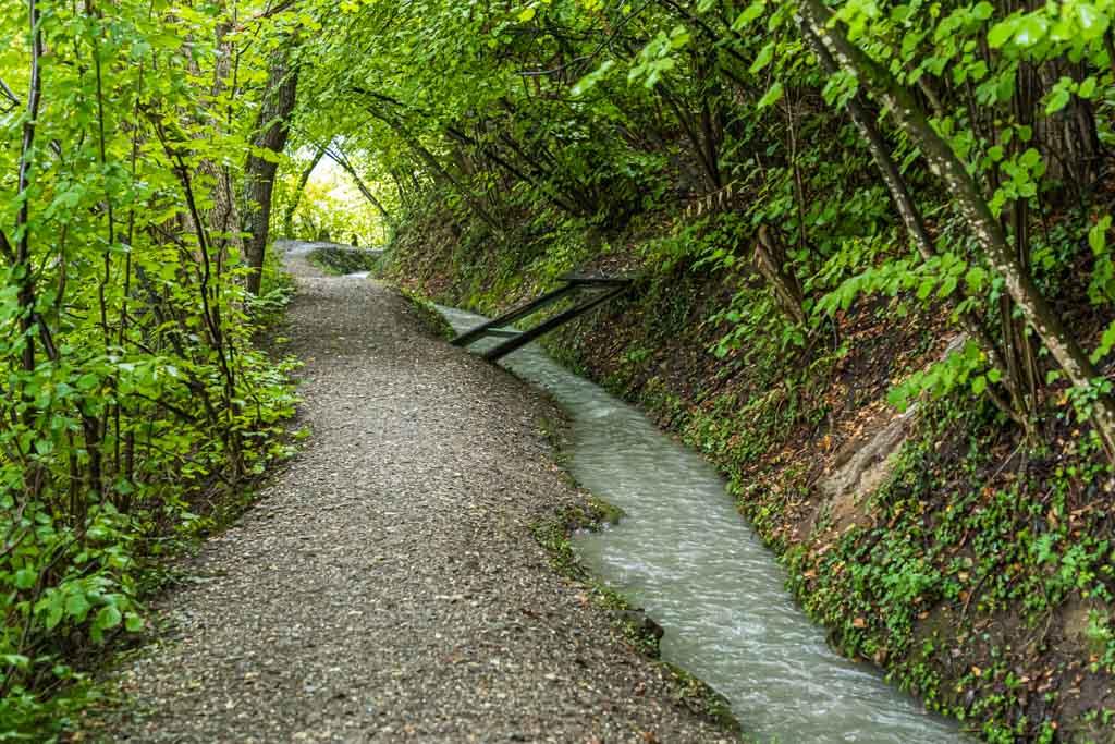 Insgesamt sechs Suonenwanderungen gibt es, die von Sion aus gut mit dem Postauto erreichbar sind / © FrontRowSociety.net, Foto: Georg Berg