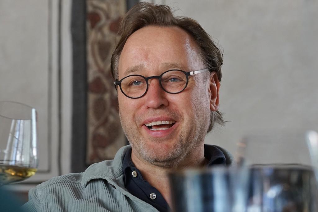 Thomas Bühner dachte während der großen Orange Wine Verkostung ständig darüber nach, welches Gericht zu welchem Wein harmonieren würde - ein Spitzenkoch kann eben nicht anders