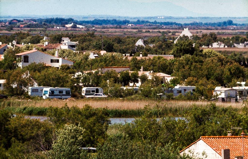 Friedliches Miteinander ist in Saintes-Maries-de-la-Mer seit Jahren Brauch / © FrontRowSociety.net, Foto: Georg Berg