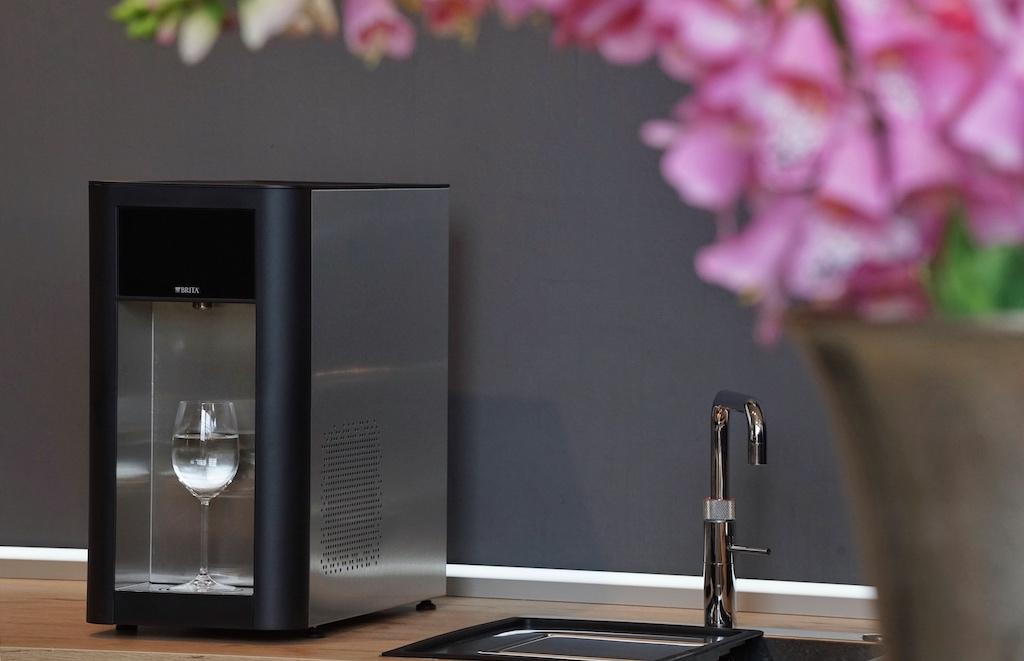 ... der professionellste dürfte jedoch der Brita Vivreau Top 50 Wasserspender sein, ....