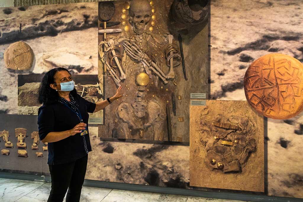 Erst 2003 wurden die Goldschätze von Slatiniza dort in Gräbern gefunden. Heute sind sie im Nationalhistorischen Museum von Sofia ausgestellt / © FrontRowSociety.net, Foto: Georg Berg