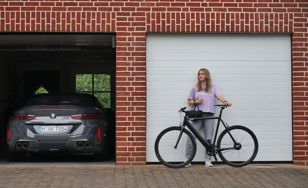 Nach dem Fahrzeugbau finden leichte Werkstoffe nun auch in der E-Bike Konstruktion Einzug, wie hier bei COBOC eCycle F1